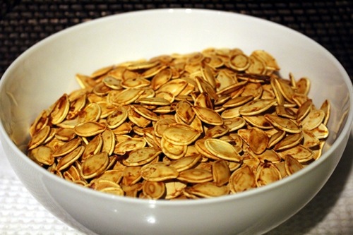 Pumpkin seeds ready to be roasted.
