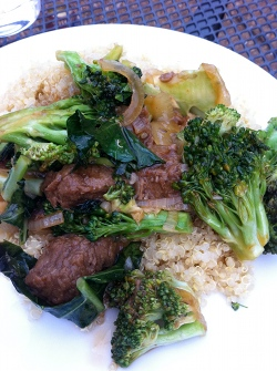 Vegan beef with broccoli, made with Gardein beefless tips.