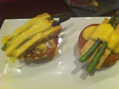 Cafe Blossom in NYC serves an Eggs Benedict made with smoked tofu and Hollandaise sauce.