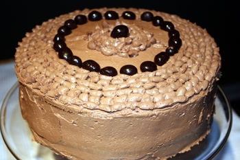 Chocolate Espresso Cake: Eating it with your eyes is a pleasure.