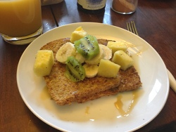 http://www.vegan-nutritionista.com/vegan-french-toast.html