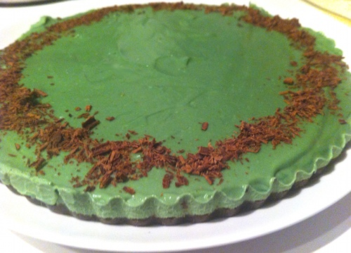 Vegan grasshopper pie, made with a raw cacao and date crust that resembles Oreo cookie crust in flavor and texture.