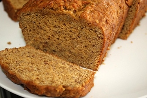 Vegan pumpkin bread recipes are fabulous for Thanksgiving snacking or dessert.