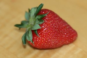 There are tons of health benefits of strawberries, which is great for all of us since they taste so good.