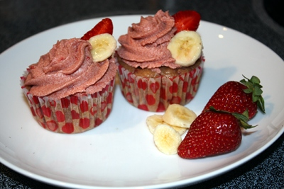 Soft and moist strawberry banana cupcakes.