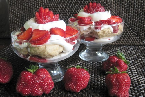 My favorite vegan strawberry shortcake recipe is delicious and very simple.